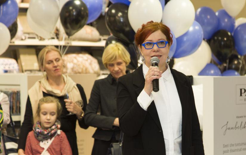 GALERII: Kaubamaja kingib Eesti Vabariigi 100 aasta juubeliks koostöös Signe Kiviga valminud voodipesukollektsiooni